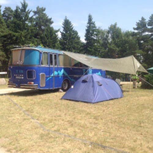 Das erste Mal? Hier gibt es gute Tipps für erste Campingerfahrungen.